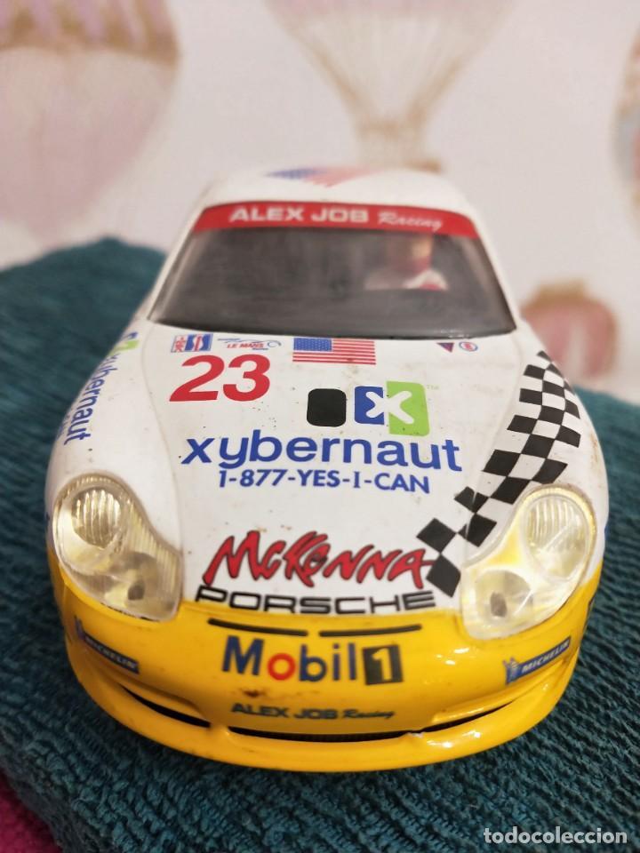Slot Cars: Porsche 911 GT3 R Alex Job 2003 ref. 50304 nº23 - Foto 5 - 229586260