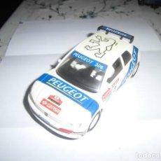 Slot Cars: PEUGEOT 306 DE NINCO, COMPATIBLE SCALEXTRIC. Lote 243456030