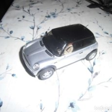 Slot Cars: MINI GRIS PLATA TECHO NEGRO DE NINCO, COMP. SCALEXTRIC. Lote 243526060