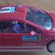 Slot Cars: PEUGEOT TOTAL NINCO NC - 5 SPEEDER - FUNCIONANDO. Lote 269323953