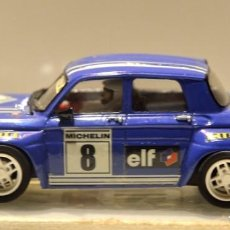 Slot Cars: RENAULT 8 TS GR.5 AZUL TEAM SLOT. Lote 76650815