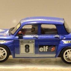 Slot Cars: RENAULT 8 TS GR.5 AZUL TEAM SLOT. Lote 76650815