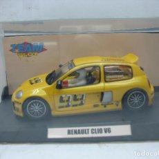 Slot Cars: SCALEXTRIC TEAM SLOT REF: 73301 - COCHE DE CARRERAS RENAULT CLIO V6 99. Lote 114469711