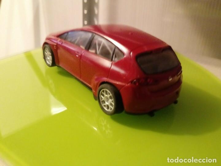 Slot Cars: Coche SCX Slot sin pegatinas Seat Leon rojo wtcc - Foto 4 - 162041178