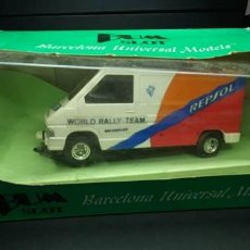 Slot Cars: RENAULT TRAFFIC SLOT CARS. Lote 203870242