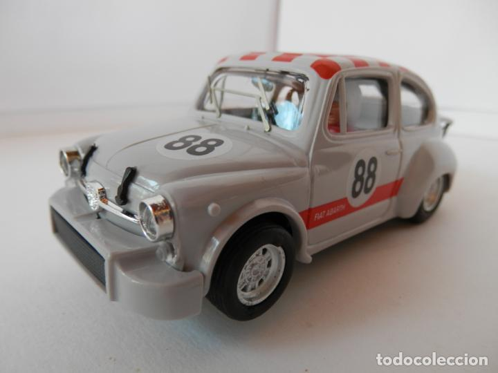 Slot Cars: SCALEXTRIC - FIAT ABARTH 1000 TCR - Ref. 1950 - PERFECTO ESTADO - VER FOTOS Y DESCRIPCION - Foto 2 - 204679586