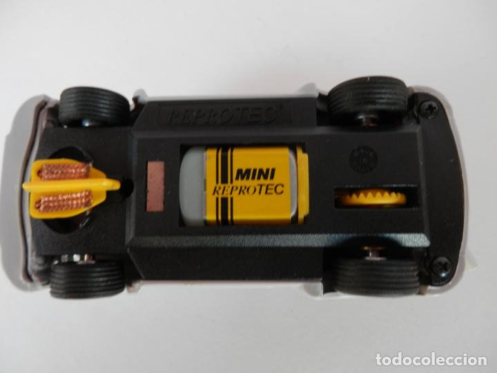 Slot Cars: SCALEXTRIC - FIAT ABARTH 1000 TCR - Ref. 1950 - PERFECTO ESTADO - VER FOTOS Y DESCRIPCION - Foto 3 - 204679586