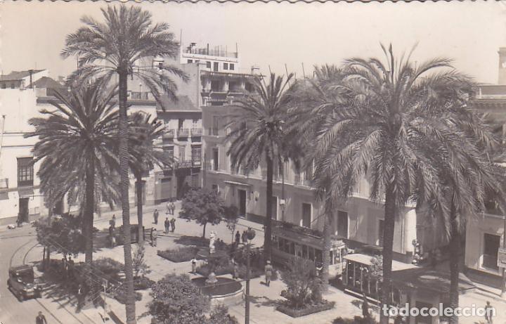 Sellos: EL CID Y GENERAL FRANCO EN TARJETA POSTAL PLAZA SEVILLA CIRCULADA 1951 DE CORDOBA A INGLATERRA. - Foto 2 - 99135607