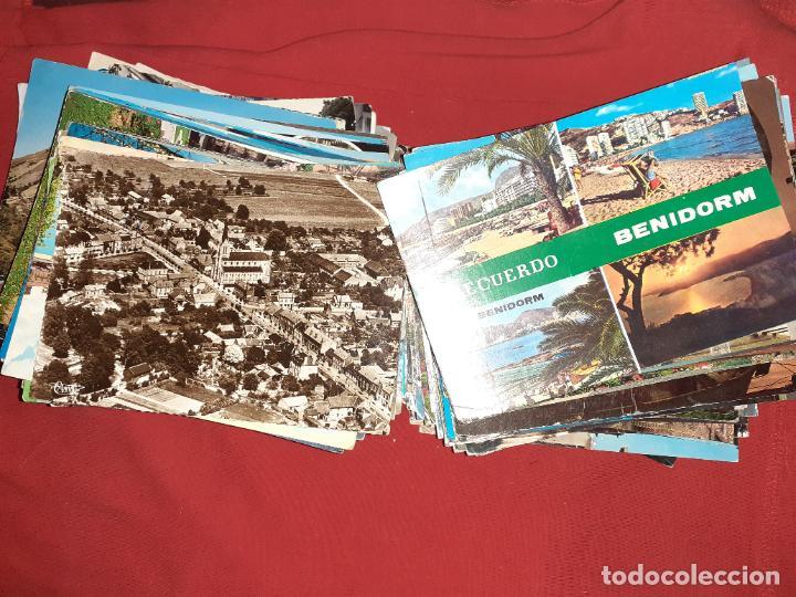 Sellos: Lote de 239 postales circuladas con sello. España y Extranjero - Foto 2 - 194152380