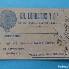 Sellos: TARJETA COMERCIAL CON MEMBRETE PUBLICITARIO CIRCULADA DESDE BARACELONA A PORTUGAL EN 1922 - IMPRESOS. Lote 295031218