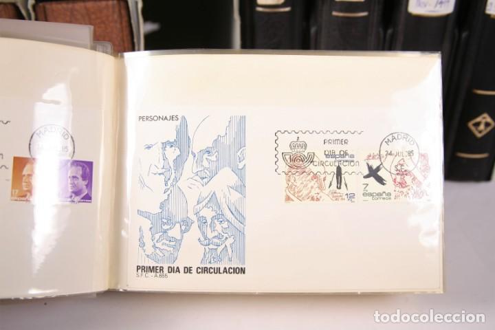 Sellos: Gran Colección de Sobres Primer Día - Enero de 1975 / Noviembre 2002 + Sobres Tamaño Grande - Foto 8 - 171497319
