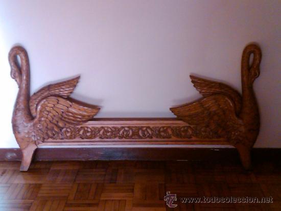 Antigua cama modelo cisnes tallada en madera m comprar - Cama antigua de madera ...