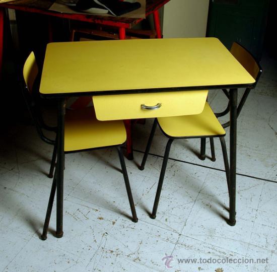 Mesa cocina amarilla formica y hierro con sus d comprar muebles vintage en todocoleccion - Mesa cocina vintage ...