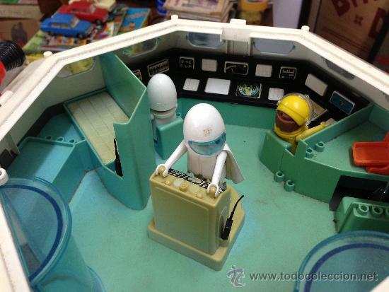 Nave espacial playmobil a os 80 con 5 figuras y comprar for Nave espacial playmobil