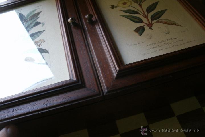 Armario de pared para guardar llaves en madera comprar for Puertas de cristal decoradas