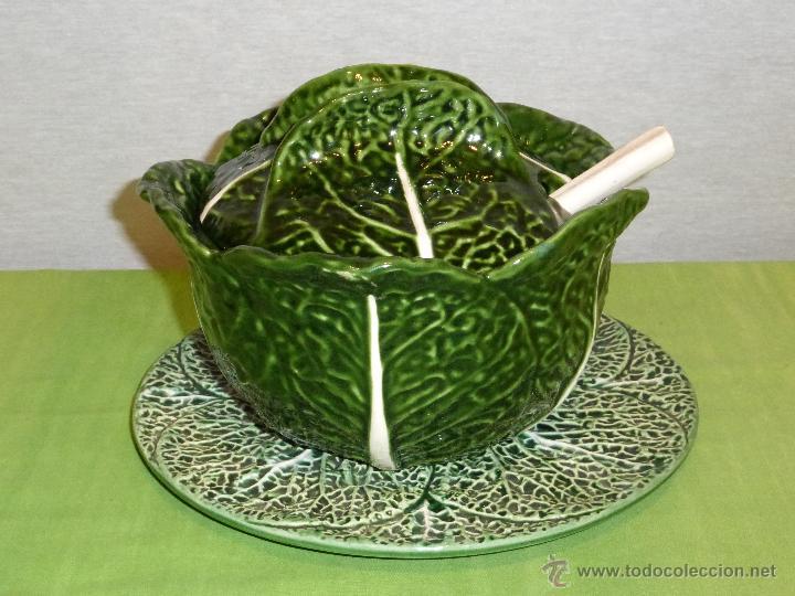 Antigua sopera cuchara y plato con forma de c comprar Ceramica portuguesa online