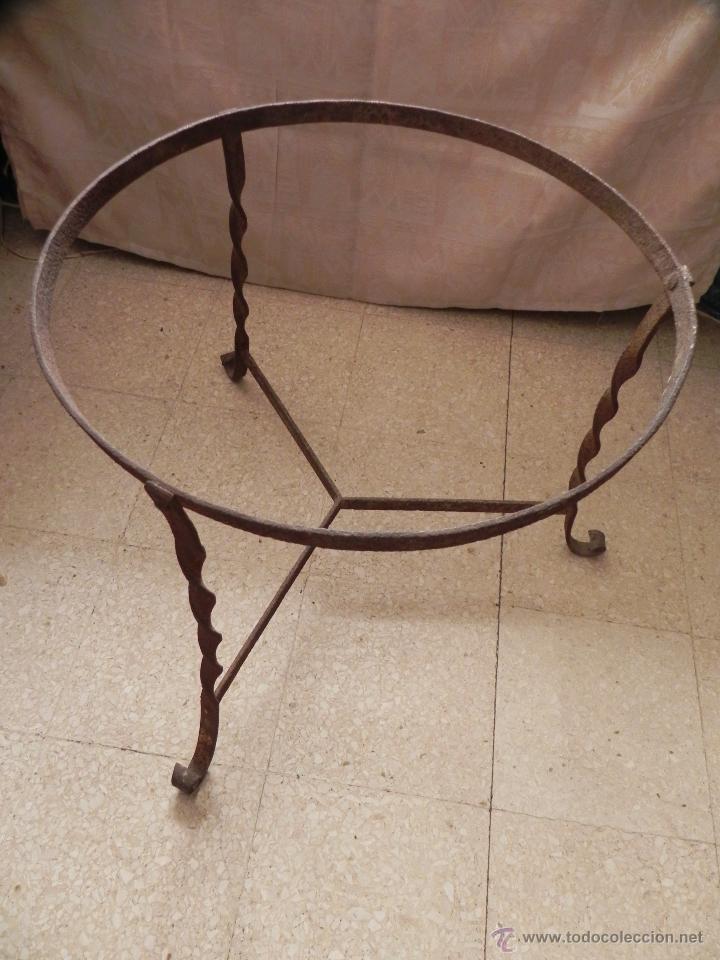vendo pié antiguo de hierro fundido de maceta g - comprar objetos