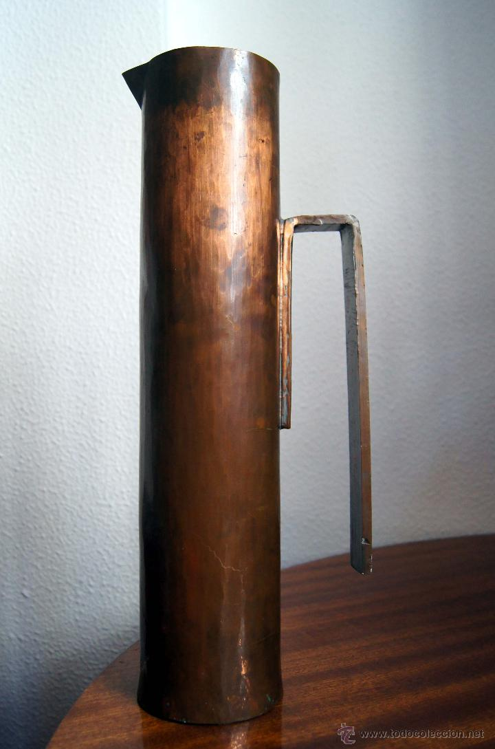 jarra de diseo escultural de cobre bauhaus e comprar jarrones y floreros vintage en