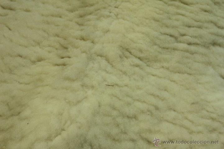 Alfombra piel de borrego comprar alfombras antiguas en for Alfombras de borrego