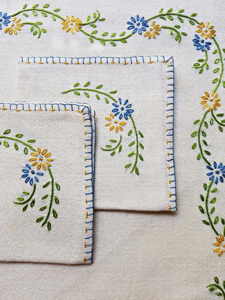 Dos manteles individuales bordados a mano con c comprar manteles antiguos en todocoleccion - Manteles bordados ...