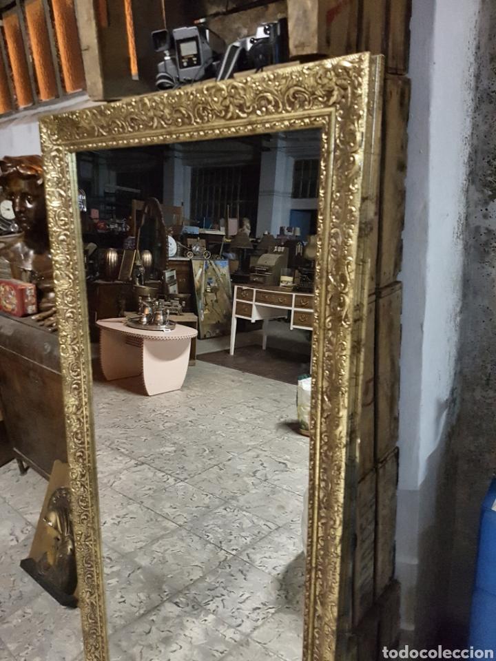 Espejo rectangular grande marco dorado de mader comprar for Espejo rectangular grande