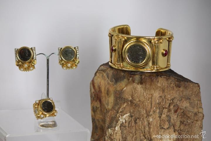 Pulsera pendientes y anillo en oro sólido