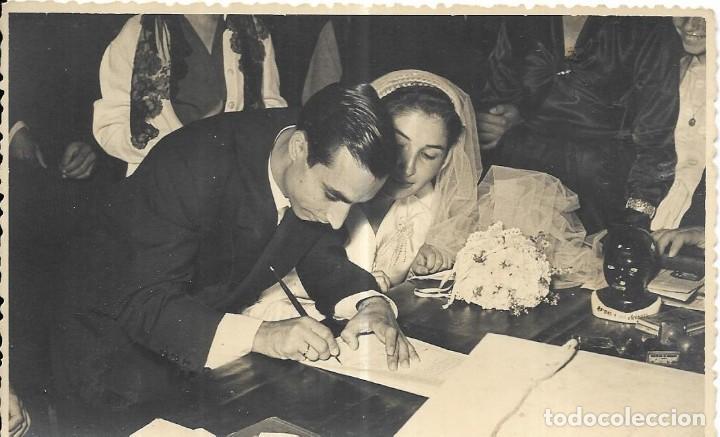 Firmar en una boda