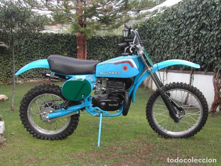 Moto clásica Bultaco