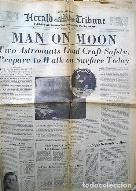 Periódico Man on moon