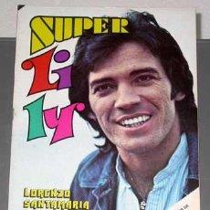 Tebeos: SUPER LILY, Nº 10. LORENZO SANTAMARIA EN PORTADA. PÓSTER DE THE BEATLES. BRUGUERA 1976.. Lote 25762453