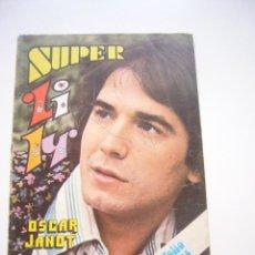 Tebeos: SUPER LILY Nº 18 - BRUGUERA - POSTER: JULIO IGLESIAS. . Lote 39813838