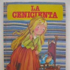 Tebeos: LA CENICIENTA - COLECCIÓN BUENOS DÍAS Nº 11 - JAN - EDITORIAL BRUGUERA - AÑO 1978.. Lote 244659525