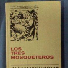 Tebeos: LOS TRES MOSQUETEROS ALEJANDRO DUMAS 1976 7ª ED. COLECCIÓN HISTORIAS SELECCIÓN CLASICOS JUVENILES. Lote 68225737
