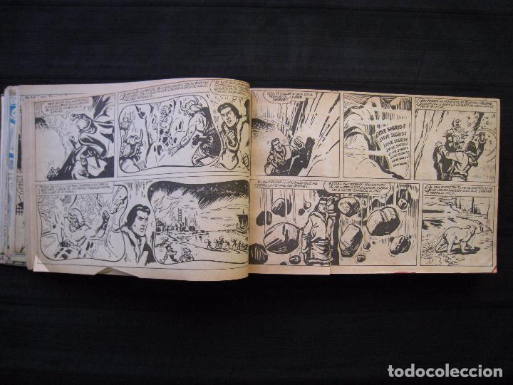 Tebeos: EL CAPITAN TRUENO - TOMO ENCUADERNADO - 65 EJEMPLARES DEL Nº 409 AL 483 - BRUGUERA. - Foto 10 - 89368892