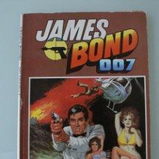 Tebeos: PUBLICACION COMIC JAMES BOND 007 SELECCIÓN 1 – BRUGUERA – CONTIENE 3 PUBLICACIONES: Nº 1-2-3. Lote 103060875