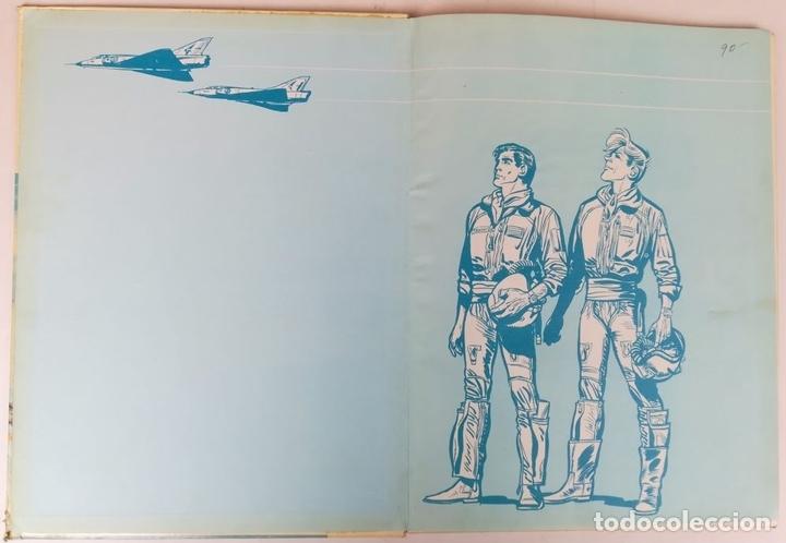 Tebeos: LA ESCUADRILLA DE LAS CIGÜEÑAS. J.M. CHARLIER. EDITORIAL BRUGUERA, S.A. BARCELONA 1968 - Foto 2 - 154241678