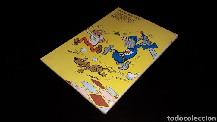 Tebeos: Nº 18 en lomo, Olé Bruguera, Mortadelo y Filemón, Dos agentes...F. Ibañez, 1ª primera edición 1971. - Foto 10 - 159154578