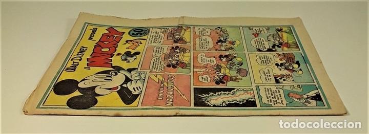 Tebeos: WALT DISNEY PRESENTA A MICKEY. INVENTO MARAVILLOSO. EDIT BRUGUERA. 1943. - Foto 2 - 161749474