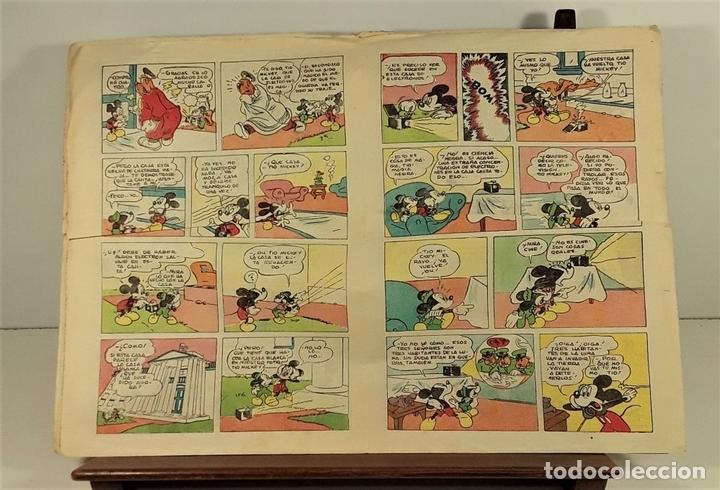 Tebeos: WALT DISNEY PRESENTA A MICKEY. INVENTO MARAVILLOSO. EDIT BRUGUERA. 1943. - Foto 5 - 161749474