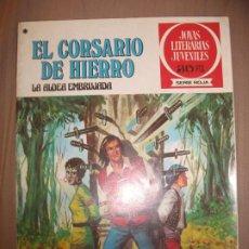 Tebeos: JOYAS LITERARIAS JUVENILES SERIE ROJA EL CORSARIO DE HIERRO40 LA ALDEA EMBRUJADA BUEN ESTADO. Lote 191704058