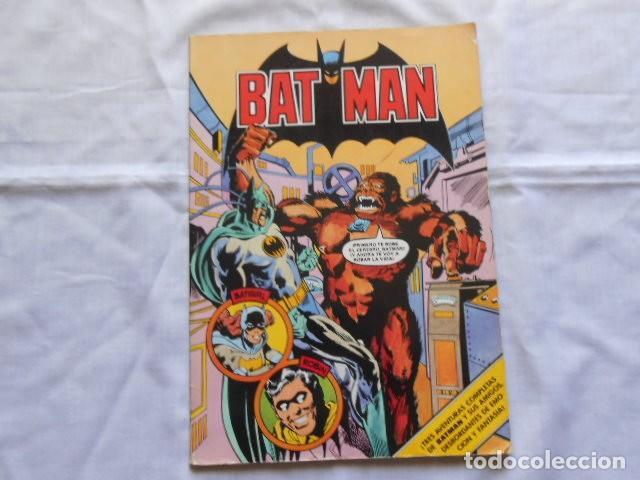DOS LIBROS DE BAT--MAN DE BRUGUERA (Tebeos y Comics - Bruguera - Bravo)