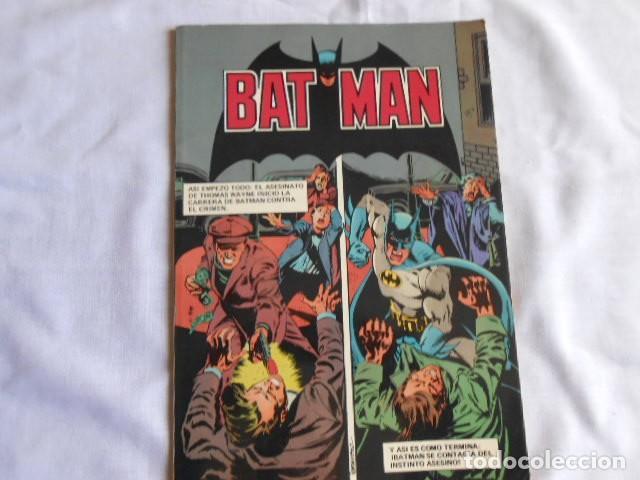 Tebeos: DOS LIBROS DE BAT--MAN DE BRUGUERA - Foto 2 - 193636087
