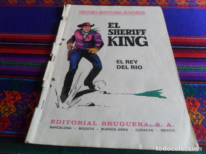 Tebeos: EL SHERIFF KING Nº 64 LA DILIGENCIA FANTASMA. BRUGUERA 1975. REGALO EL REY DEL RÍO Nº 51. - Foto 2 - 162582082