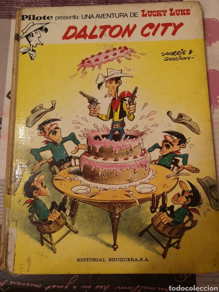 EST 10. A52. COMIC. LUCKY LUKE. DALTON CITY. 1972 (Tebeos y Comics - Bruguera - Otros)