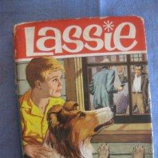Tebeos: LASSIE. EL BOSQUE CANADIENSE. COLECCION HEROES Nº 22. EDITORIAL BRUGUERA 1963.. Lote 211601899