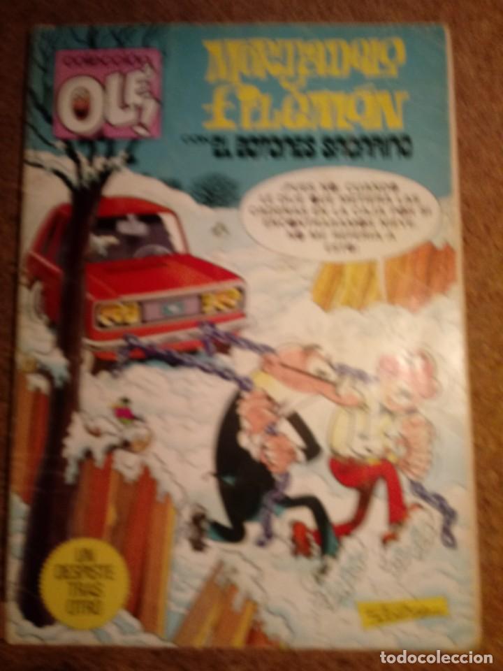 COMIC DE OLE MORTADELO Y FILEMÓN CON EL BOTONES SACARINO EN UN DESPISTE TRAS OTRO AÑO 1982 Nº 238 (Tebeos y Comics - Bruguera - Ole)