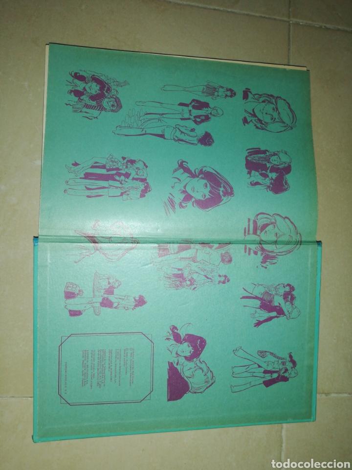 Tebeos: Famosa novelas serie azul con Esther y su mundo N°8,bruguera - Foto 4 - 222375645