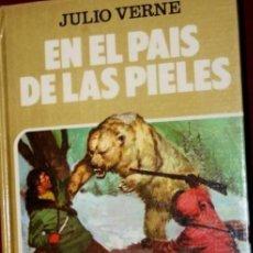 Tebeos: LIBRO COLECCION HISTORIAS SELECCION: SERIE JULIO VERNE , TOMO 17:EN EL PAIS DE LAS PIELES. BRUGUERA. Lote 236247650