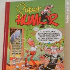 Tebeos: SUPER HUMOR - TOMO 24 - EDICIONES B 1999 - MORTADELO Y FILEMÓN - EL BOTONES SACARINO.. Lote 269162093