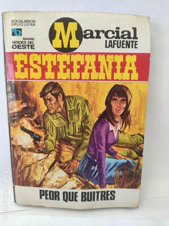 MARCIAL LAFUENTE ESTEFANIA. NOVELA OESTE. SERIE HOMBRES DEL OESTE. 687 PEOR QUE BUITRES (Tebeos y Comics - Buigas - Otros)